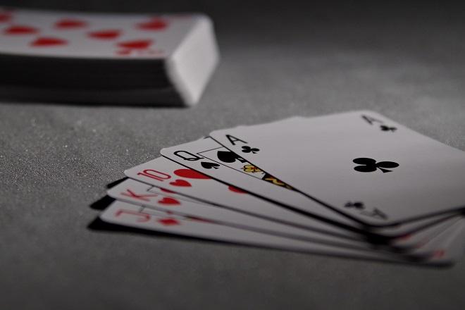 Το Facebook ανέπτυξε bot που παίζει… πόκερ