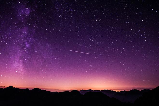 Παράξενο άστρο αυξομειώνει τη φωτεινότητά του για άγνωστο λόγο