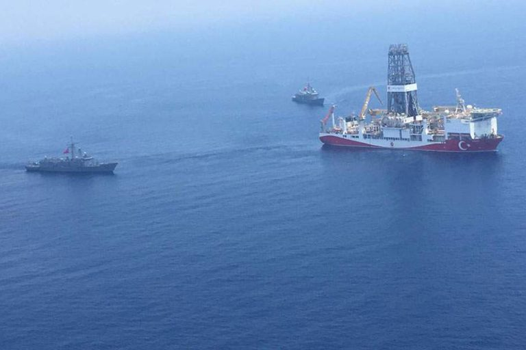 Δεν «ιδρώνει» το αυτί της Τουρκίας: Παρά τις νέες κυρώσεις, στέλνει και τέταρτο πλοίο στην ανατολική Μεσόγειο