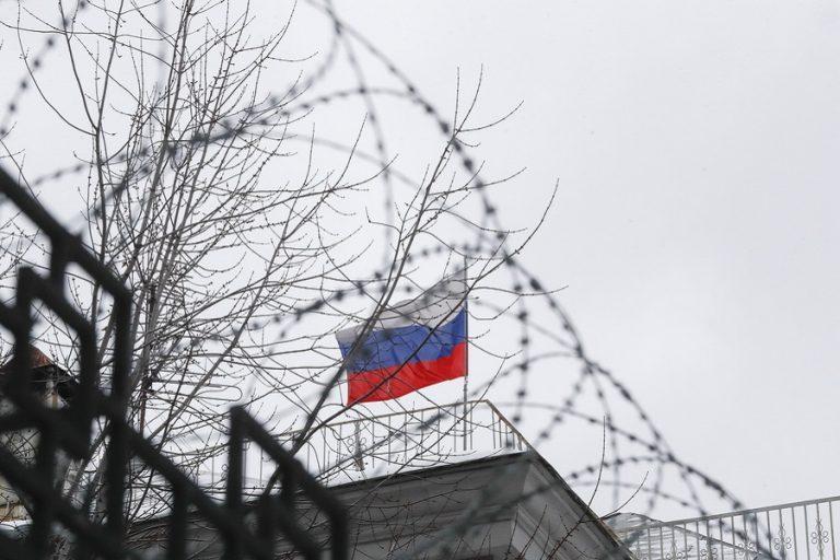 «Όχι» από Βερολίνο, Λονδίνο και Παρίσι σε επανένταξη της Ρωσίας στη G7