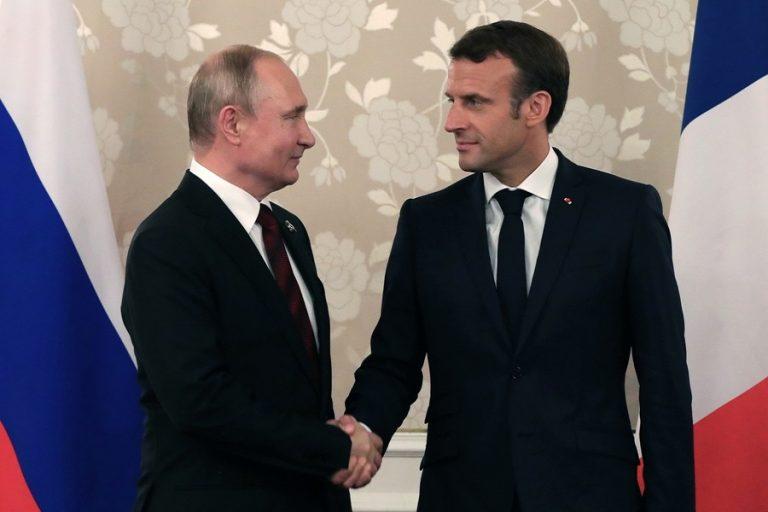 Τον Βλαντιμίρ Πούτιν υποδέχεται σήμερα ο Εμανουέλ Μακρόν- Λιβύη, Ιράν, Συρία, Ουκρανία στο «μενού»