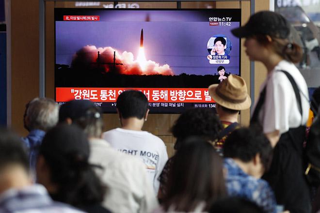 Με νέες εκτοξεύσεις πυραύλων στέλνει μήνυμα η Βόρεια Κορέα σε Ουάσινγκτον και Σεούλ