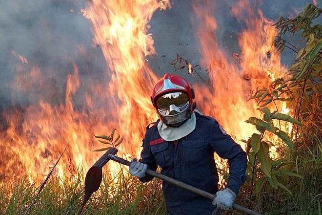 Πάνω από 1.100 νέες εστίες στον Αμαζόνιο την Κυριακή- «Πυρά» Μπολσονάρου κατά των G7