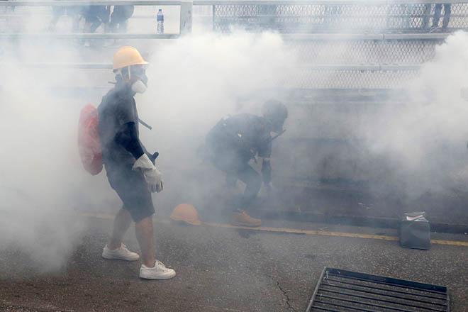Οι μήνες διαδηλώσεων στον Χονγκ Κονγκ έπληξαν το αξιόχρεό του