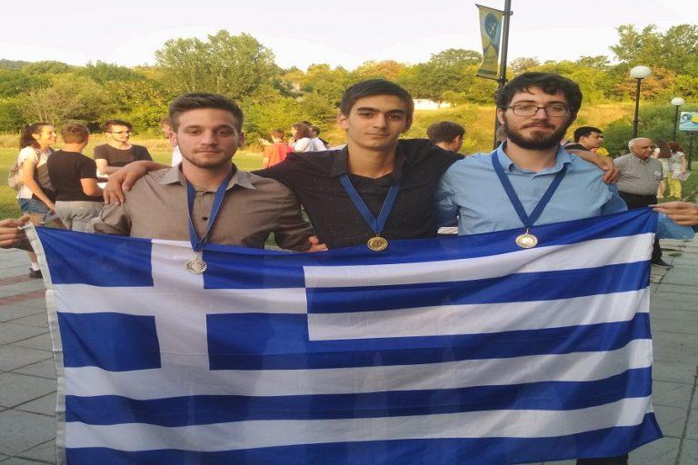 Τρία μετάλλια σε διεθνή διαγωνισμό για το Μαθηματικό Τμήμα του Πανεπιστημίου Αθηνών