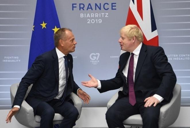 Μπόρις Τζόνσον: Στρατηγική «δεν πληρώνω» και Brexit με ή χωρίς συμφωνία στις 31 Οκτωβρίου (βίντεο)