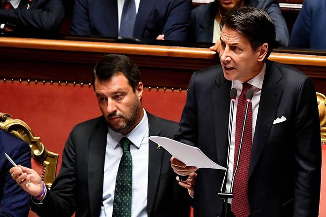 Την παραίτησή του υπέβαλε ο Τζουζέπε Κόντε – Σε περίοδο πολιτικής αστάθειας εισέρχεται εκ νέου η Ιταλία