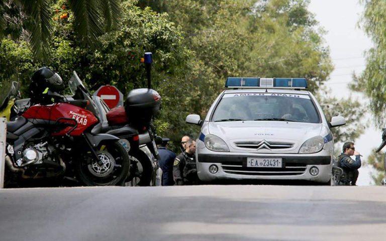 Επιθέσεις σε εφοριακούς: Από τους πυροβολισμούς στον Βόλο μέχρι τις μπουνιές στο Ρέθυμνο