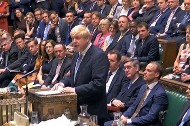 Κίνηση – ματ του Μπόρις Τζόνσον: Κλείνει τη Βουλή…με το βλέμμα στο Brexit
