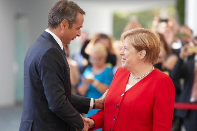 LIVE: Η συνέντευξη Τύπου Μητσοτάκη – Μέρκελ στο Βερολίνο