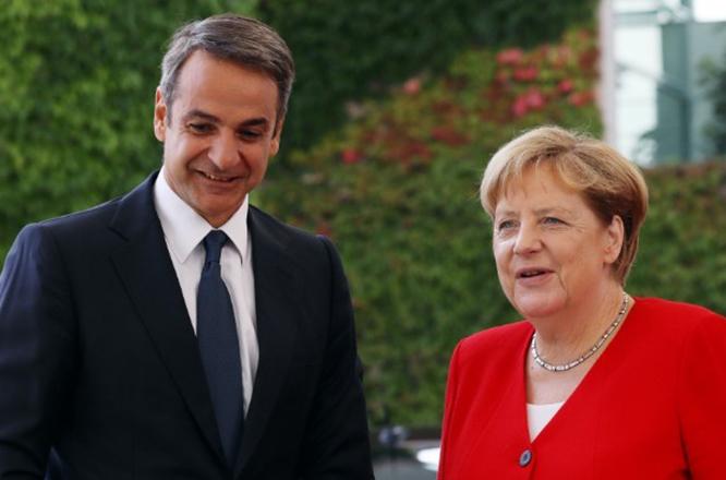 Πλήρης στήριξη στην Ελλάδα από τη Μέρκελ: «Απαράδεκτη» η συμπεριφορά Ερντογάν