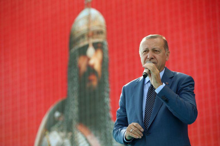 Νέα απειλή Ερντογάν στην Ευρώπη: Δηλώνει έτοιμος να ανοίξει τα σύνορα σε πρόσφυγες και μετανάστες