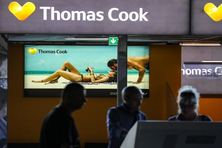 Βρετανία: «Μάχη» για επιβίωση δίνει το ταξιδιωτικό γραφείο Thomas Cook – Στον αέρα 22.000 εργαζόμενοι