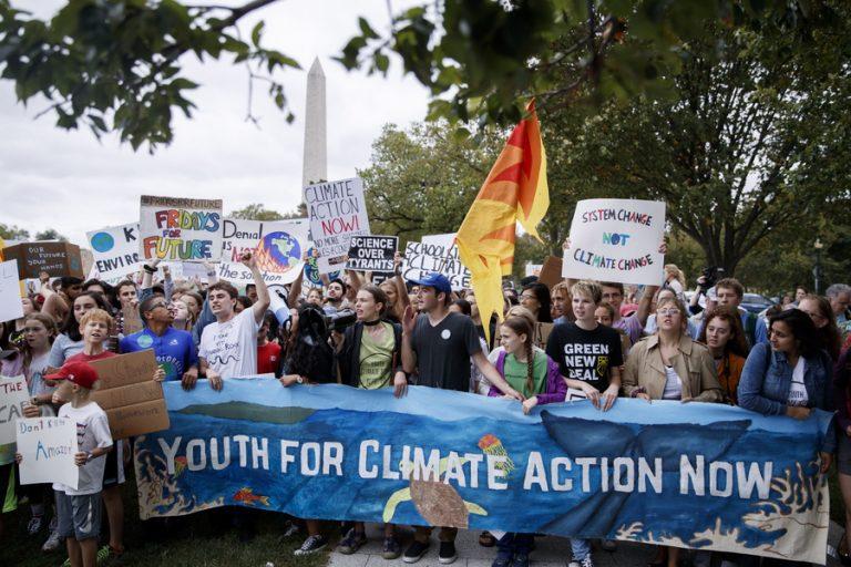 Γκρέτα Τούνμπεργκ: Ένα κορίτσι πίσω από το κίνημα κατά της κλιματικής αλλαγής