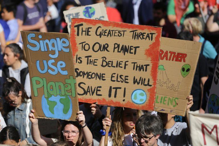 Διστακτική είναι η συμμετοχή των εταιρειών στις κινητοποιήσεις για το κλίμα