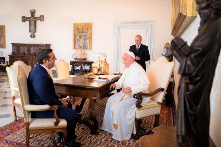 Συναντήθηκε ο Αλ. Τσίπρας με τον Πάπα Φραγκίσκο- Τι συζήτησαν