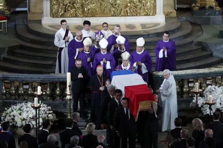 Η Γαλλία αποχαιρέτισε σήμερα τον Ζακ Σιράκ – Πλήθος προσωπικοτήτων έδωσε το παρόν στην κηδεία