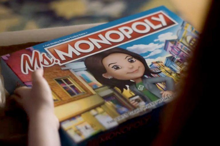 «Κυρία Μονόπολη»: Το πρώτο παιχνίδι όπου οι γυναίκες κερδίζουν περισσότερα από τους άνδρες (Βίντεο)