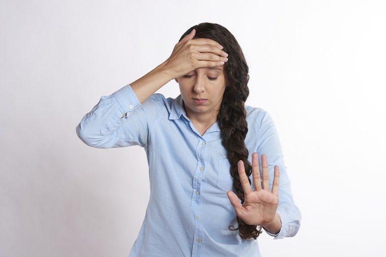 Τέσσερα πράγματα για τα οποία οι συνάδελφοί σας δεν θέλουν να σας ακούνε να μιλάτε