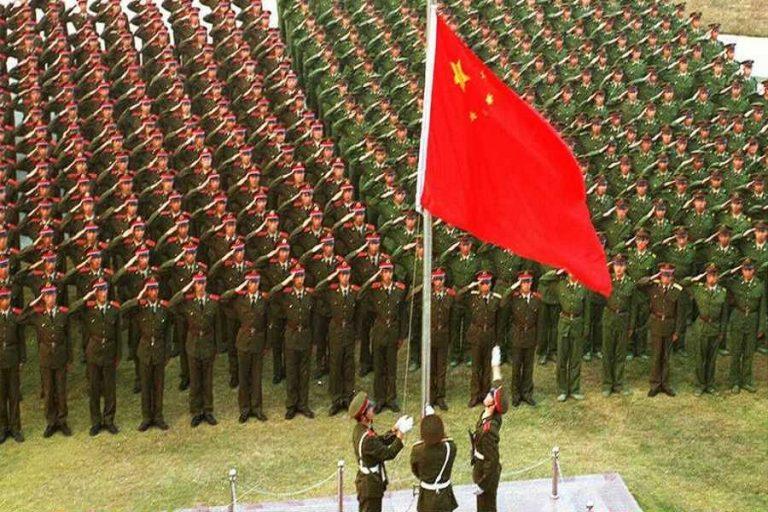 Η Κίνα γίνεται πλέον η δεύτερη μεγαλύτερη κατασκευάστρια όπλων στον κόσμο