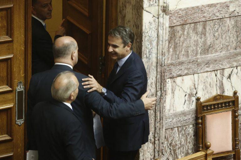Πέρασαν από τη βουλή οι τέσσερις συμβάσεις για τους υδρογονάνθρακες