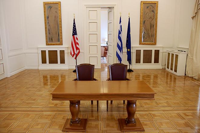 Στην Αθήνα ο Μάικ Πομπέο με στόχο την εμβάθυνση της αμυντικής και οικονομικής συνεργασίας ΗΠΑ-Ελλάδας
