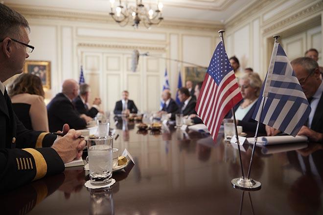 Ικανοποίηση στο Στέιτ Ντιπάρτμεντ για τις συναντήσεις του Μάικ Πομπέο στην Αθήνα
