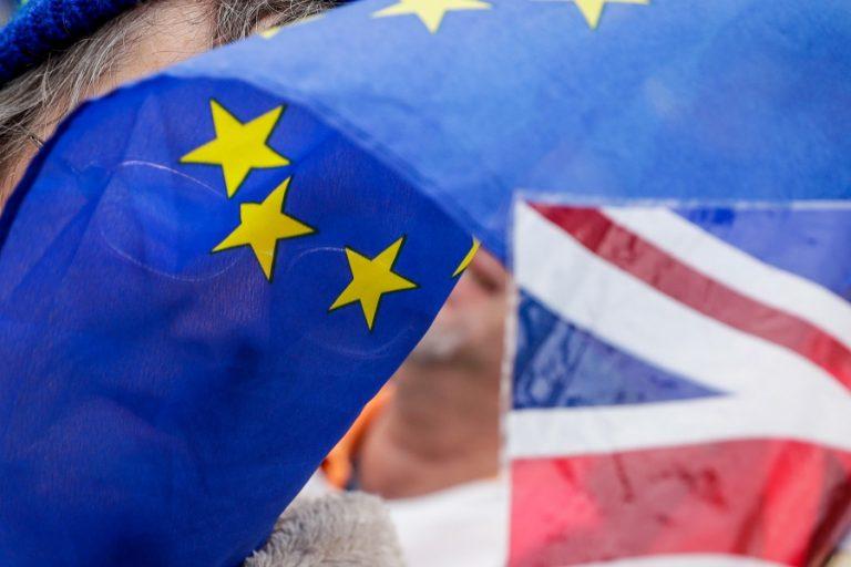 Τέλος και επίσημα στην ελεύθερη μετανάστευση εργαζομένων στη Βρετανία από την Ε.Ε.