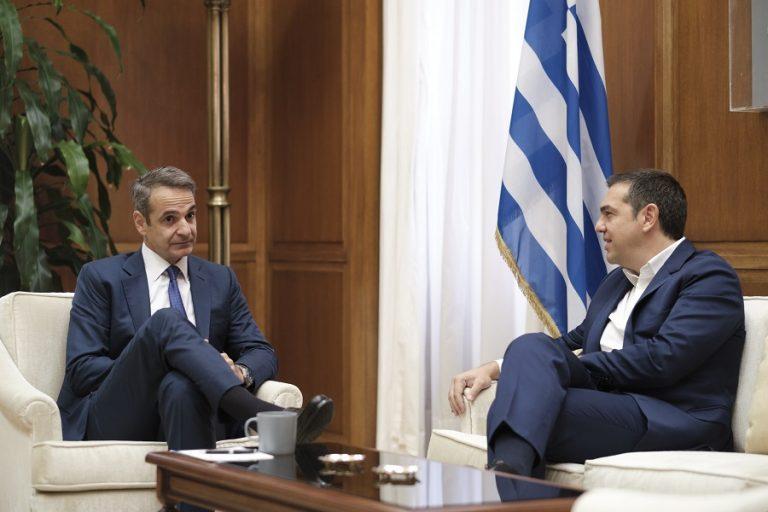 Ολοκληρώθηκαν τα ραντεβού του πρωθυπουργού με Τσίπρα και Γεννηματά- Οι διάλογοι
