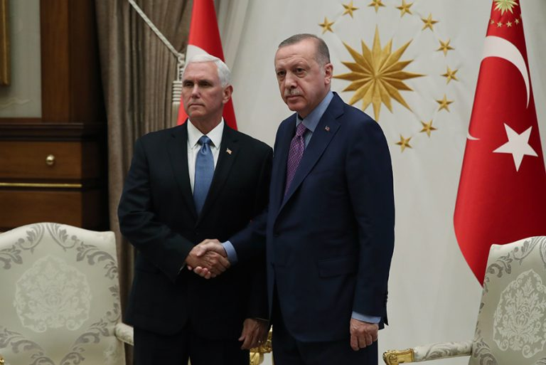Νέα απειλή Ερντογάν: Η Τουρκία θα συνεχίσει την επίθεση στη Συρία εάν…