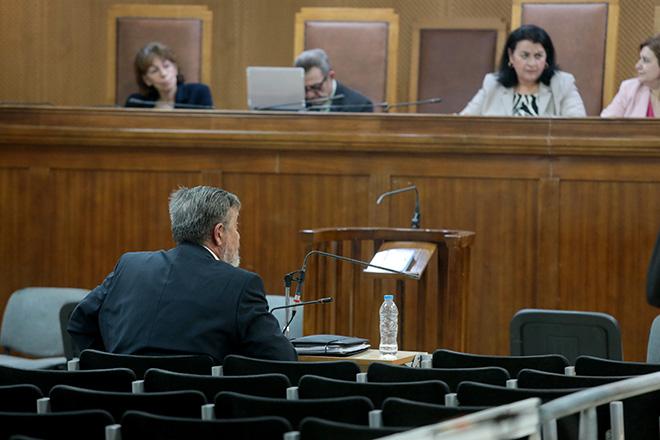 Δίκη Χρυσής Αυγής: «Τα περί εθνικοσοσιαλισμού ήταν ιδεολογικές αναζητήσεις ενός 20χρονου» απολογήθηκε ο «υπαρχηγός» Χρ. Παππάς