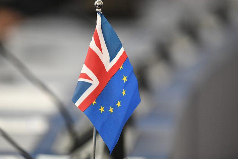 Telegraph: Η κυβέρνηση της Βρετανίας δεν αναμένει πλέον ότι θα κλειστεί συμφωνία με την ΕΕ