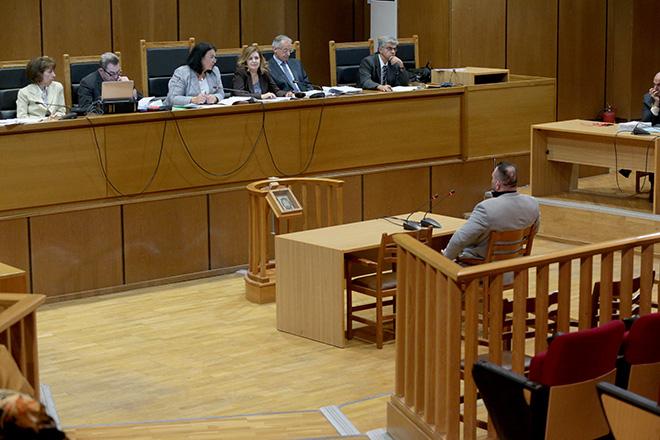 Δίκη Χρυσής Αυγής: Πόσα χρόνια θα μείνουν πραγματικά στη φυλακή οι καταδικασθέντες
