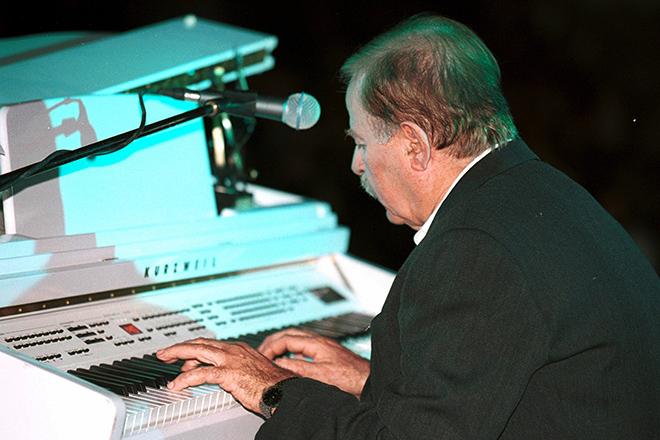 Έφυγε από τη ζωή ο μουσικός συνθέτης Γιάννης Σπανός