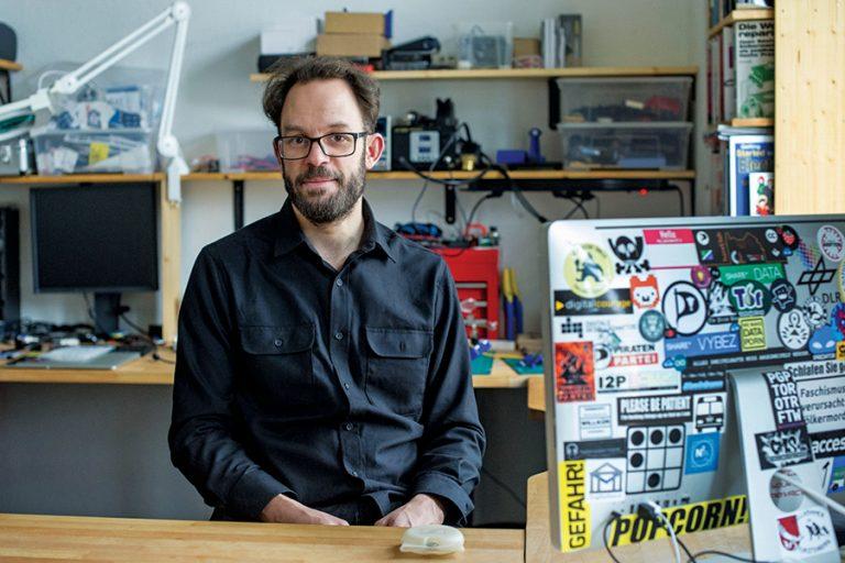 Daniel Domscheit-Berg: Καιρός να φτιάξουµε ένα διαφορετικό Facebook