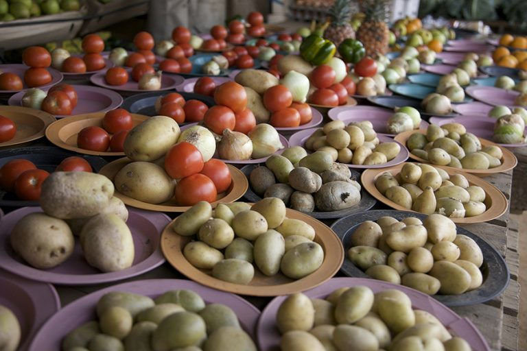 Οι χώρες που πετάνε το περισσότερο φαγητό στον κόσμο