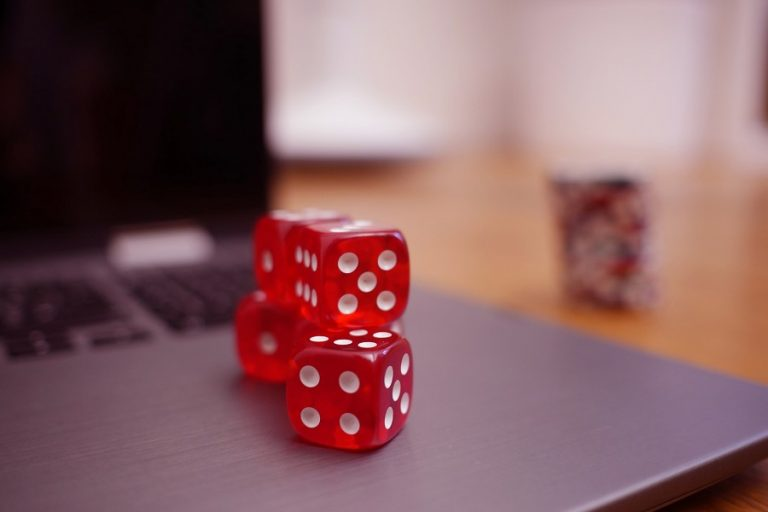 Τι αλλάζει στην αγορά τυχερών παιχνιδιών μέσω διαδικτύου