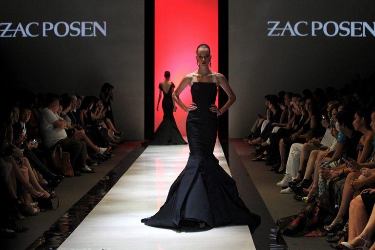 Κλείνει ο εμβληματικός οίκος μόδας Zac Posen