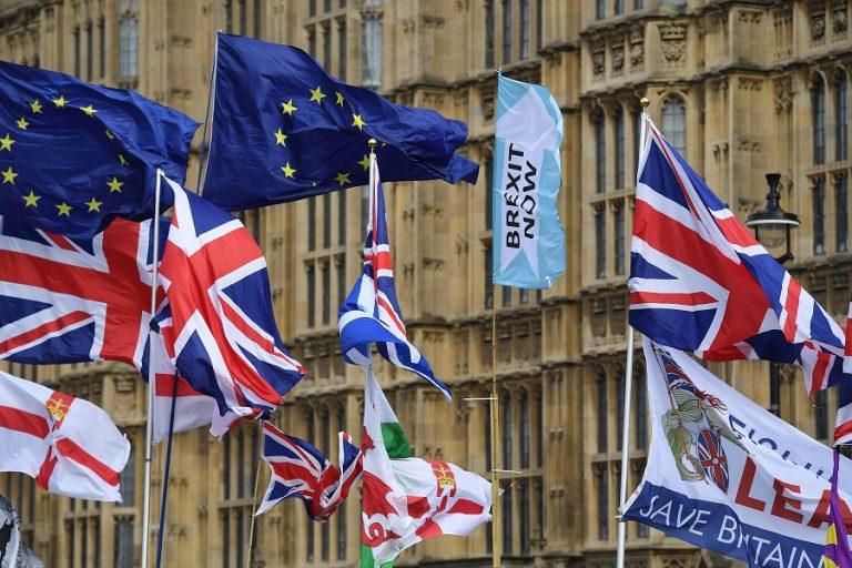 Το Brexit καθυστερεί την επιστροφή των επιτοκίων του ευρώ σε θετικό έδαφος
