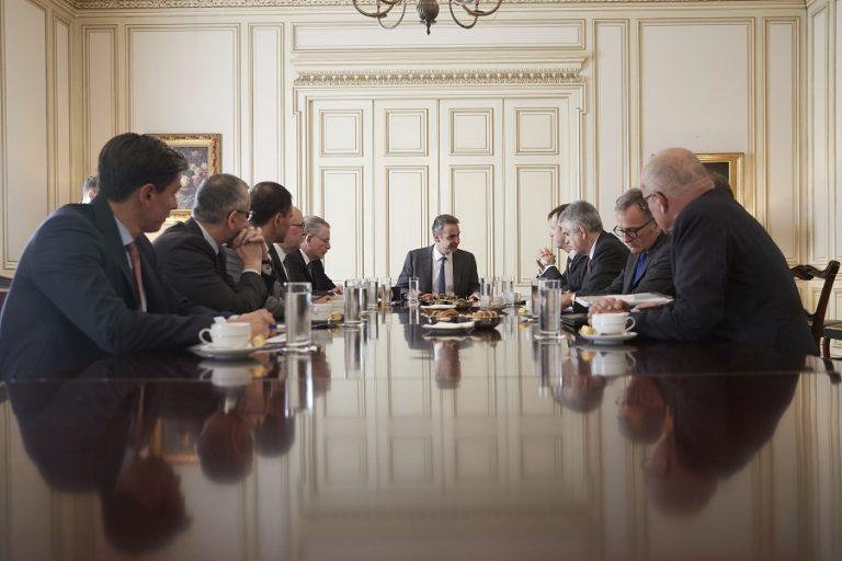 Συνάντηση Μητσοτάκη με τους επικεφαλής του Ιταλικού ΤΠΔ και της ΤΕRNA SpA