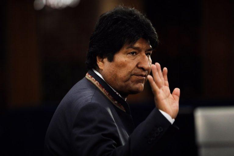 Χάος στη Βολιβία μετά την παραίτηση του Έβο Μοράλες