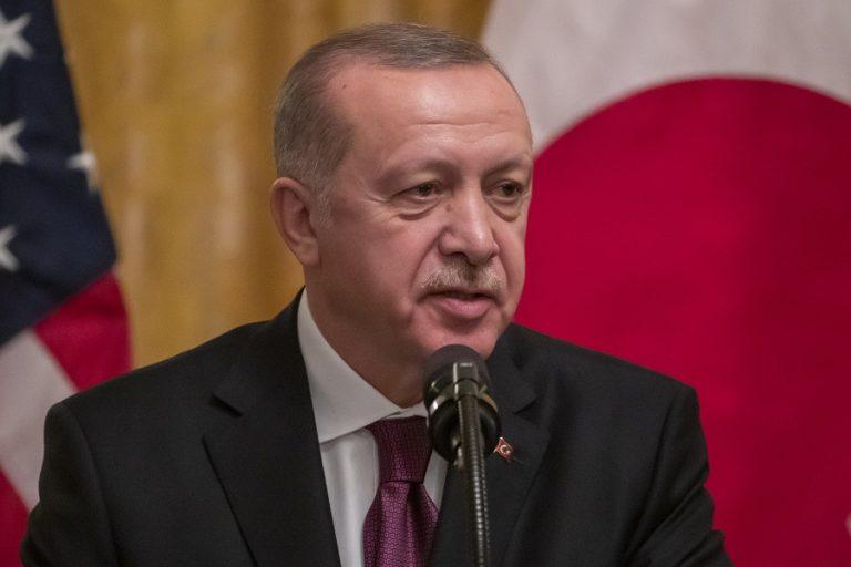 Ερντογάν: Εντελώς απαράδεκτο το σχέδιο Τραμπ για το Μεσανατολικό