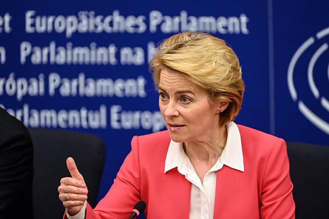 Φον ντερ Λάιεν: Η Αλβανία και η Βόρεια Μακεδονία «θα άξιζαν» να ξεκινήσουν ενταξιακές διαπραγματεύσεις