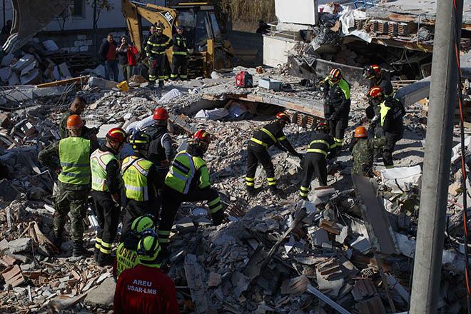 Στους 31 ανήλθαν οι νεκροί από τον φονικό σεισμό στην Αλβανία