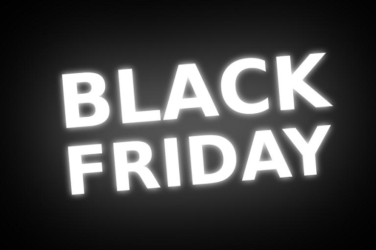 Έτοιμοι να «κυνηγήσουν» προσφορές στην Black Friday οι Έλληνες καταναλωτές