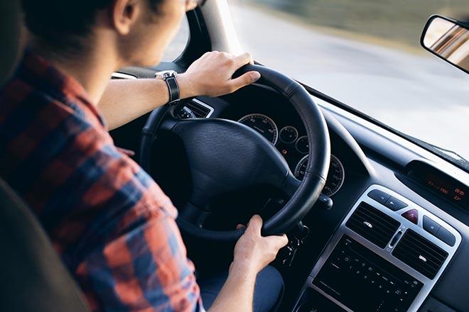 Γιατί η αυτόνομη οδήγηση σημαίνει πολλά περισσότερα από το να μην έχεις απλώς τα χέρια σου στο τιμόνι