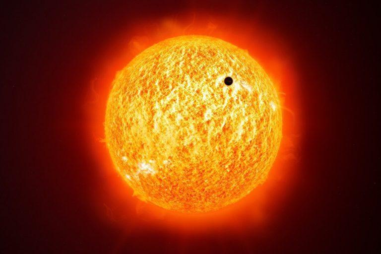 Σήμερα το μεσημέρι η σπάνια «βαθιά» διάβαση του Ερμή μπροστά από τον Ήλιο