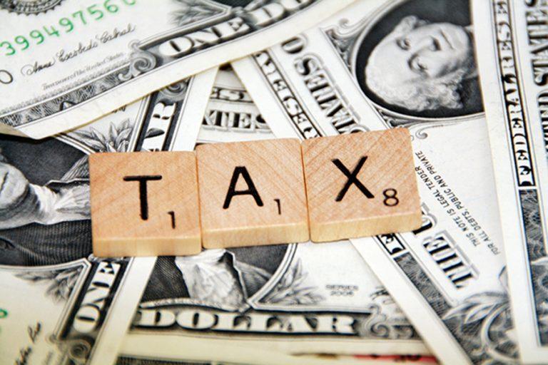 Τι πρέπει να πληρώσουν οι φορολογούμενοι μέχρι τον Δεκέμβριο