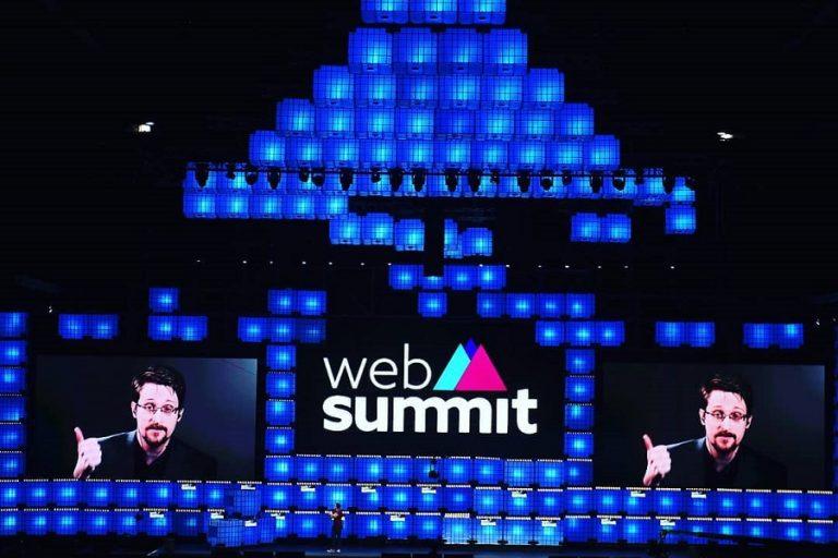 Σνόουντεν στο Web Summit:  «Το GDPR είναι μια χάρτινη τίγρης»