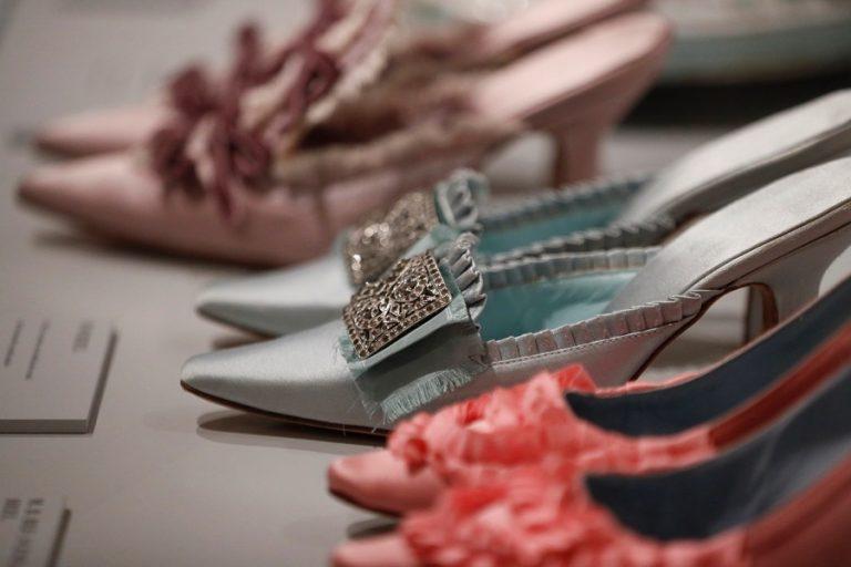 Τέλος εποχής για τα παπούτσια Manolo Blahnik